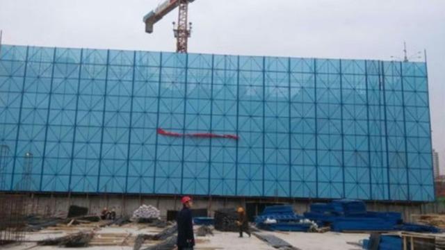 镀锌板于爬架网的应用