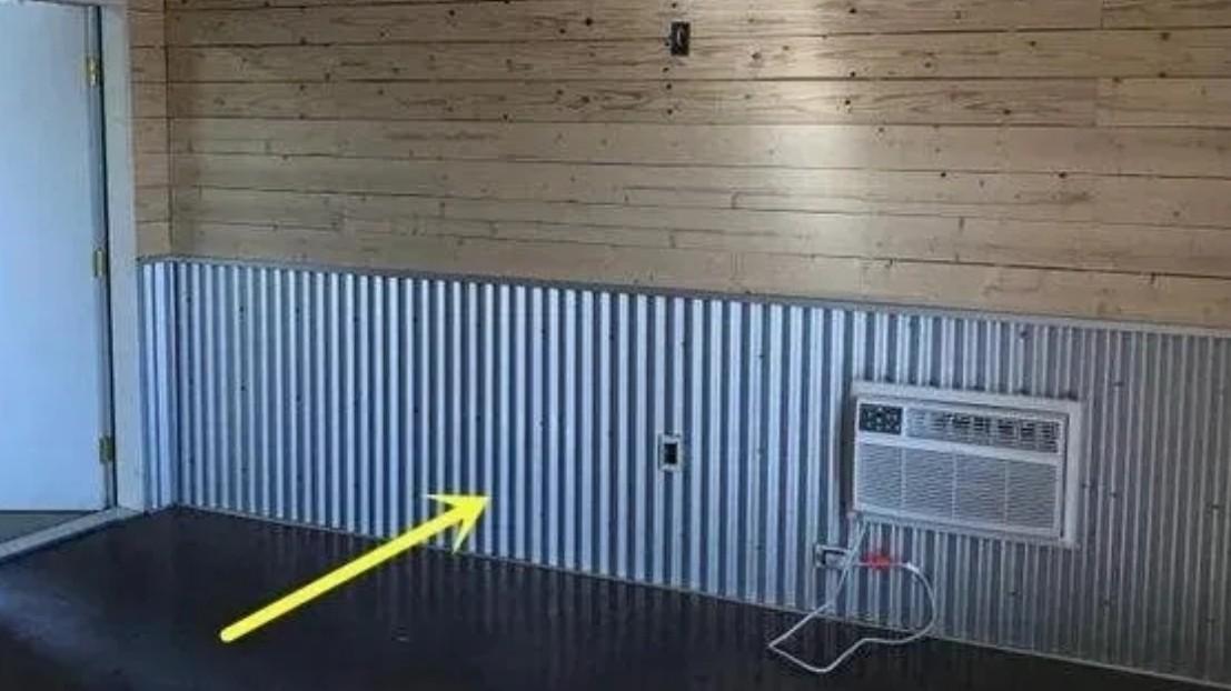 镀锌钢板替代木板做护墙板,坚固耐用还防水
